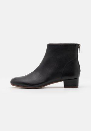 ETTA GLOVE BOOT  - Classic ankle boots - true black