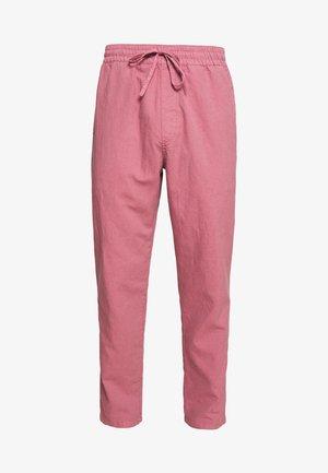 ALVA SKATE PANT - Trousers - pink