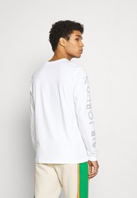 Jordan - BRAND CREW - Long sleeved top - white - 2
