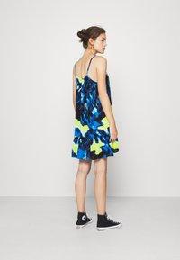 Superdry - DAISY BEACH DRESS - Denní šaty - blue - 2
