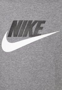 Nike Sportswear - FUTURA ICON - Print T-shirt - carbon heather/white - 2
