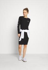 DKNY - LONG SLEEVE CREW NECK DRESS - Jersey dress - black - 1