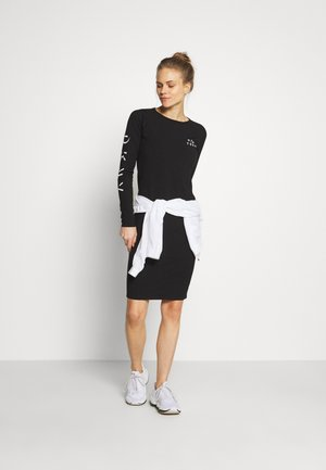 LONG SLEEVE CREW NECK DRESS - Jersey dress - black