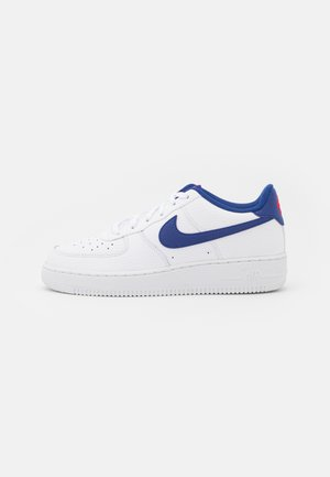AIR FORCE 1 UNISEX - Trainers - white/deep royal blue/university red