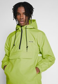 Obey Clothing - RECESS ANORAK - Chaqueta fina - key lime - 4