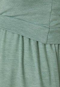 MAMALICIOUS - NURSING MLANABEL - T-shirts - chinois green - 2