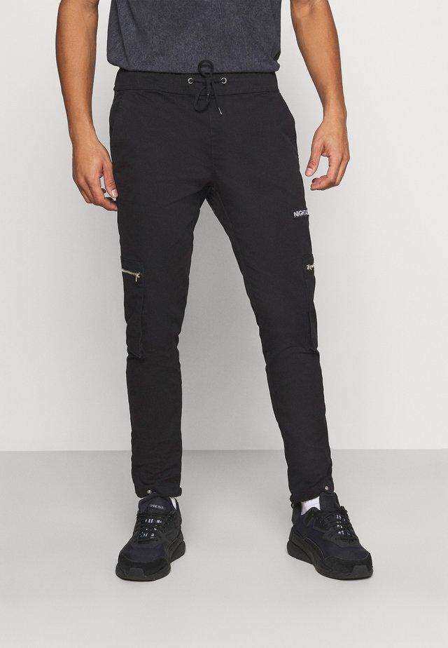 NAASTRID - Pantaloni cargo - black