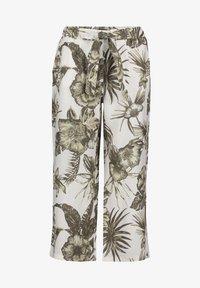 Betty Barclay - MIT BUNDFALTEN - Trousers - white/green - 3