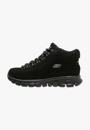 SYNERGY-WINTER NIGHTS - Zapatillas altas - black