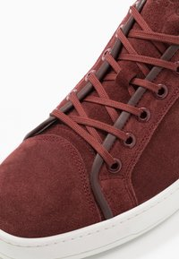 ETQ - PORT ROYALE - Trainers - bordeaux - 5