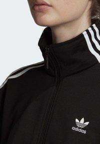 adidas Originals - TRACK TOP - Trainingsjacke - black - 5