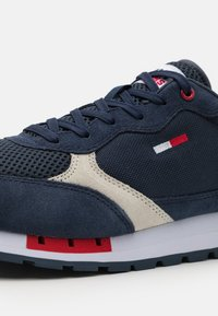 Tommy Jeans - RETRO RUNNER MIX - Sneakers basse - twilight navy - 5