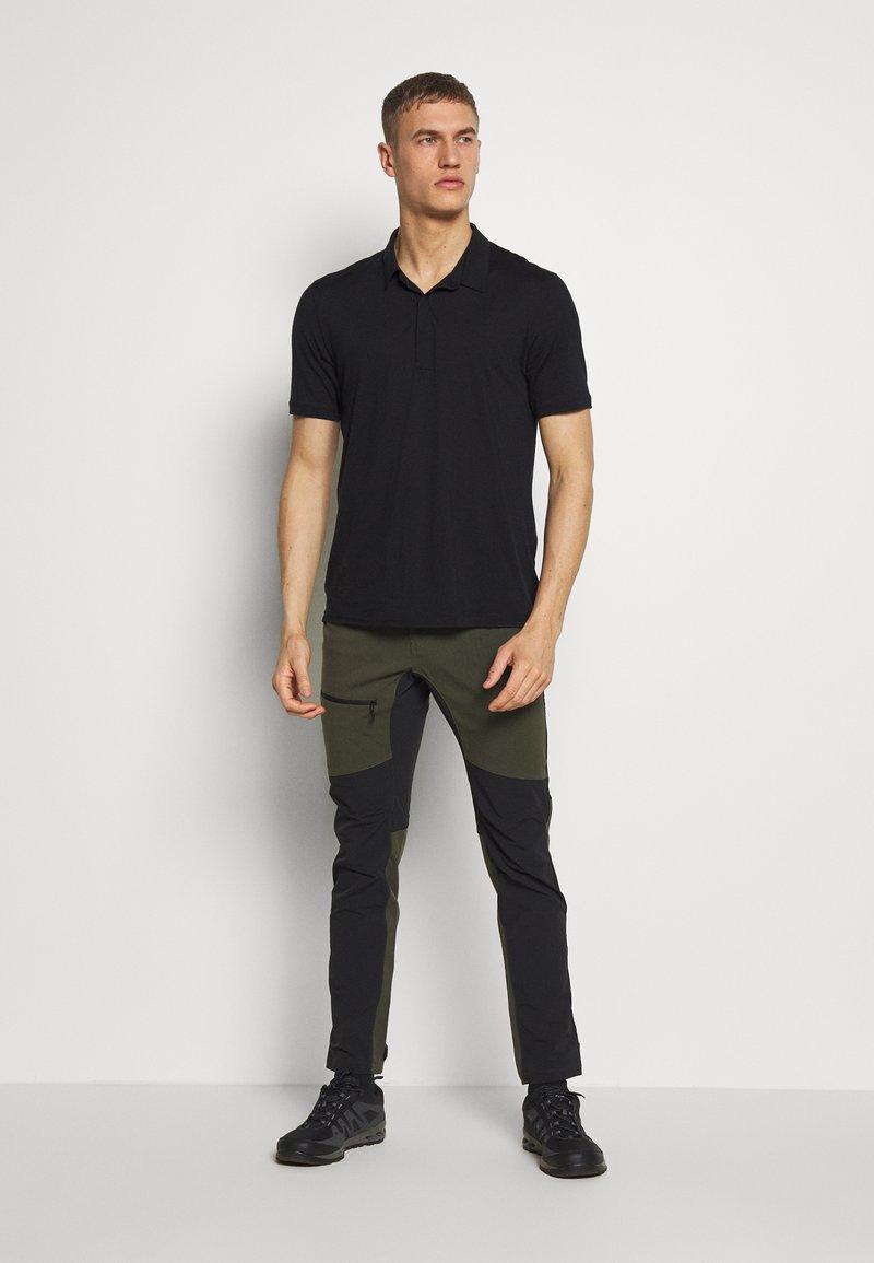 Haglofs Rugged Flex Pant Outdoor Trousers Deep Woods True Black Dark Green Zalando Co Uk