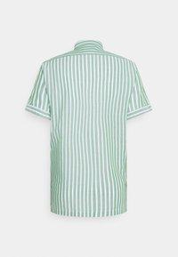 Scotch & Soda - RELAXED FIT SHORT SLEEVE SAILOR  - Shirt - light green/white - 1