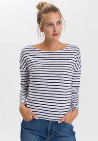 Cross Jeans - Long sleeved top - white/navy - 0