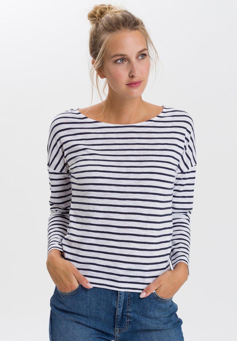 Cross Jeans - Long sleeved top - white/navy