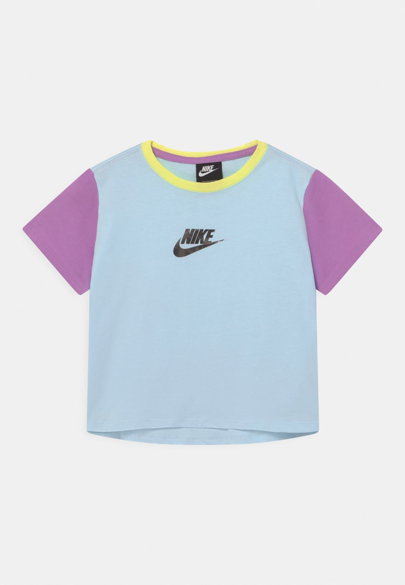 Nike Sportswear - CROP - Print T-shirt - glacier blue/violet shock
