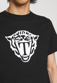 Tiger of Sweden - FLEEK - T-shirt imprimé - black - 4