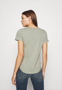 Abercrombie & Fitch - VNECK 3 PACK - Basic T-shirt - white/rose taupe/shadow - 3