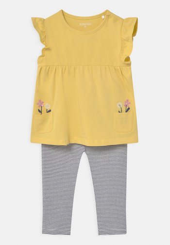 SET - Print T-shirt - yellow/dark blue