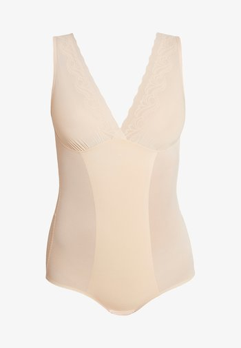 DSIRED SCALLOP SHEER