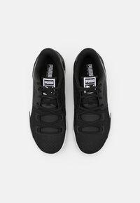Puma - CLYDE HARDWOOD TEAM - Basketball shoes - black/white - 3