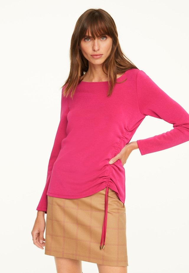 Long sleeved top - deep pink
