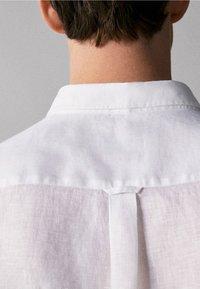 Massimo Dutti - IM REGULAR-FIT - Shirt - white - 4