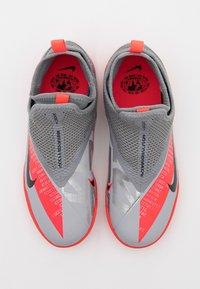 Nike Performance - PHANTOM VISION 2 ACADEMY TF - Astro turf trainers - metallic bomber grey/black/particle grey - 3