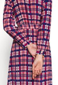LK Bennett - EVELYN - Košilové šaty - cerulean multi - 6