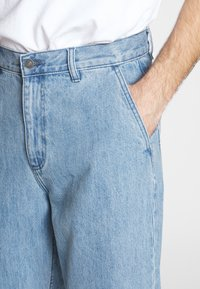 Obey Clothing - HARD WORK CARPENTER - Jeans relaxed fit - light indigo - 3