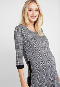 Esprit Maternity - DRESS NURSING - Jerseyjurk - black - 3