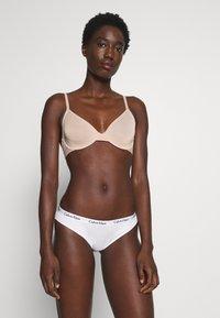 Calvin Klein Underwear - ONE MICRO UNLINED DEMI - Kaarituettomat rintaliivit - honey almond - 1