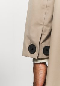 Didriksons - EMBLA COAT - Hardshell jacket - beige - 4