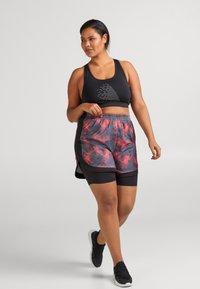 Active by Zizzi - ALUCENA SHORTS - Sports shorts - red - 1