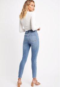 Kookai - Slim fit jeans - yc-stone - 2