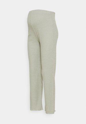 LOUNGE PANTS - Pantaloni sportivi - green