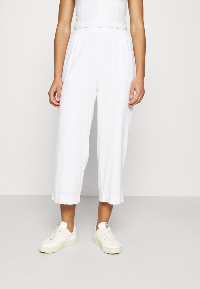 Abercrombie & Fitch - EVERYDAY PULL ON - Tygbyxor - white