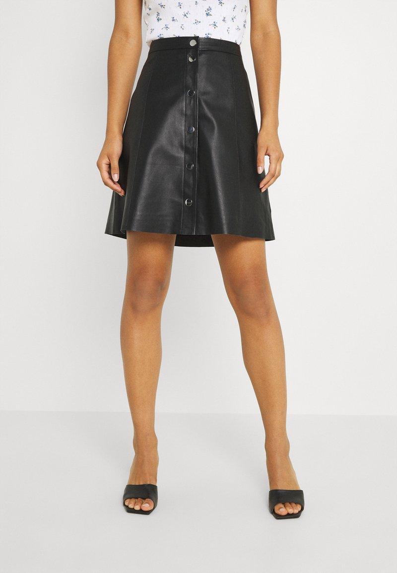 YAS - YASBINNA SKIRT - Leather skirt - black