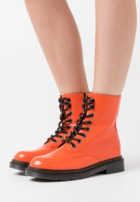 Dockers by Gerli - Lace-up ankle boots - orange - 0