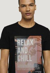 TOM TAILOR DENIM - Print T-shirt - black - 3