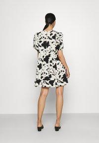 Monki - Day dress - black - 2