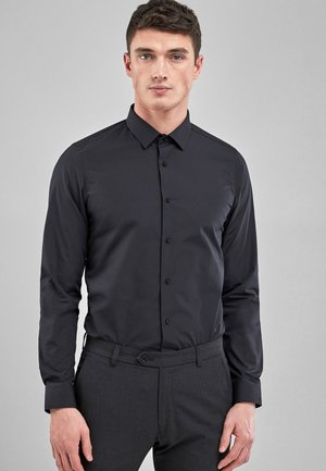 WHITE SKINNY FIT SINGLE CUFF EASY CARE SHIRT - Košile - black