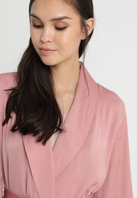 mint&berry - Dressing gown - pink - 3
