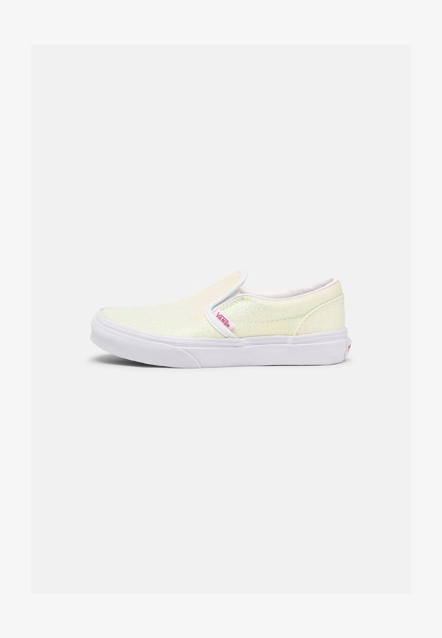 CLASSIC UNISEX - Sneaker low - pink/true white