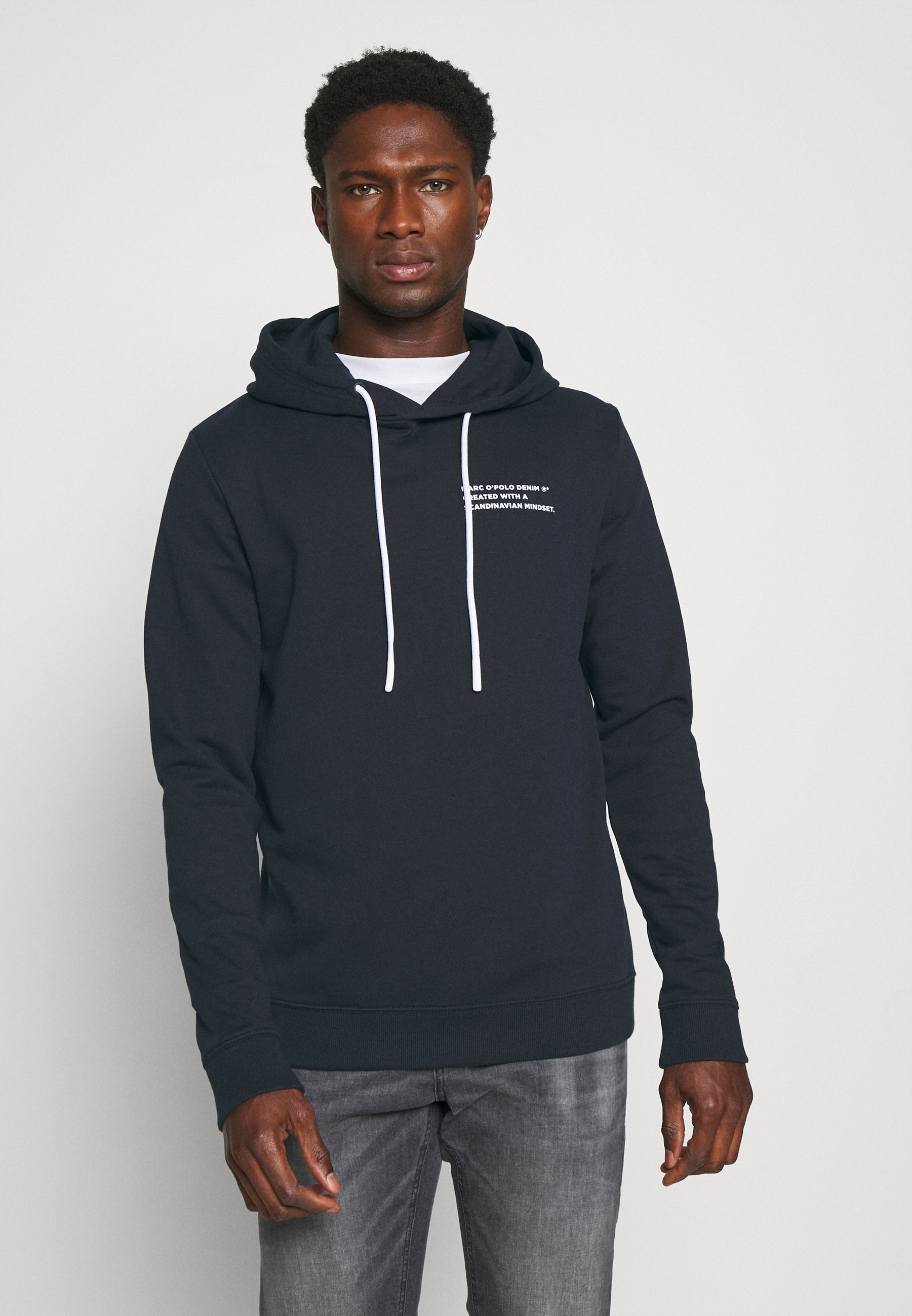 Men LONG SLEEVE HOOD TEXT LOGO RELAXED FIT - Hoodie