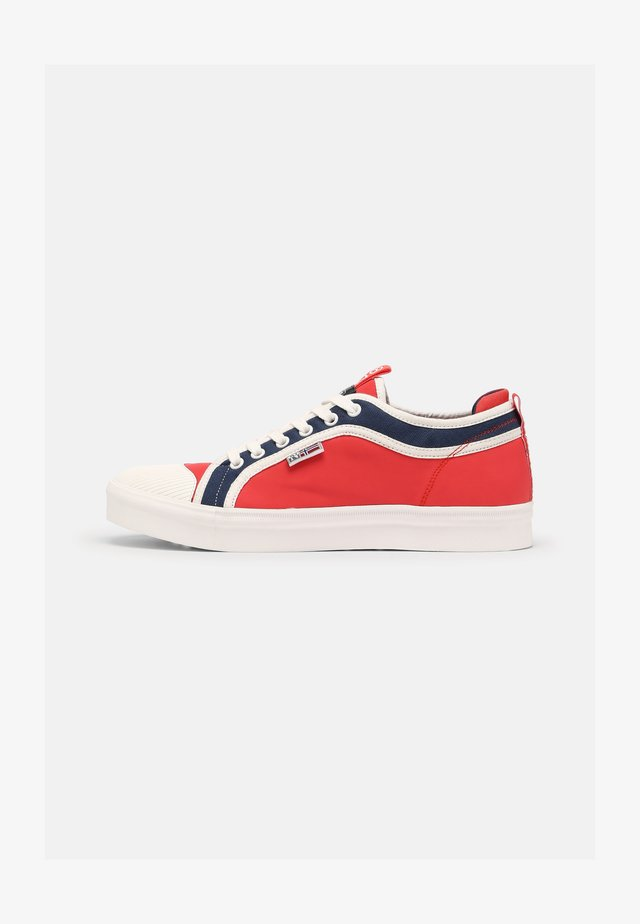 DEN - Sneakers laag - red/white/navy