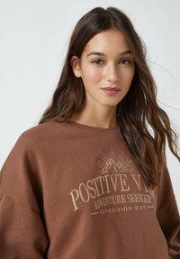 PULL&BEAR - Sweatshirt - brown - 3