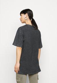Missguided Petite - DROP SHOULDER OVERSIZED 2 PACK - Basic T-shirt - black - 2