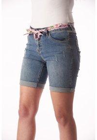 Buena Vista - PAULINA STRETCH - Denim shorts - blue - 2